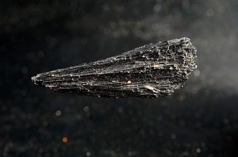 https://www.nano-ions.com/wp-content/uploads/2019/01/Turmalina-med-2-1170x775.jpg